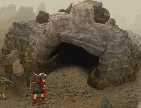 The entrance to Eadgar's cave